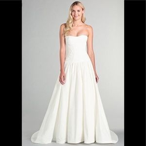 Nicole Miller Laurel Antique White Wedding Dress